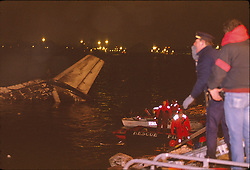 US Air Flight 405 crashes on takeoff, 22/03/1992