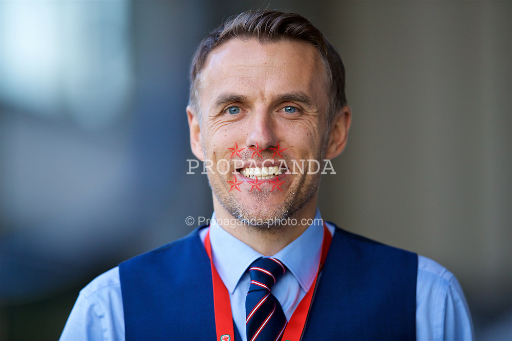NEWPORT, WALES - Friday, August 31, 2018: England manager Phil Nevilla the FIFA Women's World Cup 2019 Qualifying Round Group 1 match between Wales and England at Rodney Parade. (Pic by David Rawcliffe/Propaganda)