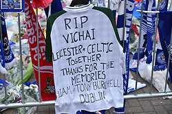 Tribute from Celtic fans (c) Simon Kimber   SportPix.org.uk