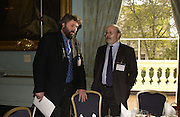 STEVE BELL AND PROFJOHN BENYON. Association awards, 2005. Institute of Directors. Pall Mall. London. 29 November 2005. ONE TIME USE ONLY - DO NOT ARCHIVE  © Copyright Photograph by Dafydd Jones 66 Stockwell Park Rd. London SW9 0DA Tel 020 7733 0108 www.dafjones.com