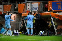 17-11-2009 VOETBAL: JONG ORANJE - JONG SPANJE: ROTTERDAM<br /> Nederland wint met 2-1 van Spanje / Georginio Wijnaldum scoort de 2-0 met een practige kopbal en viert dit met de wisselspelers<br /> ©2009-WWW.FOTOHOOGENDOORN.NL