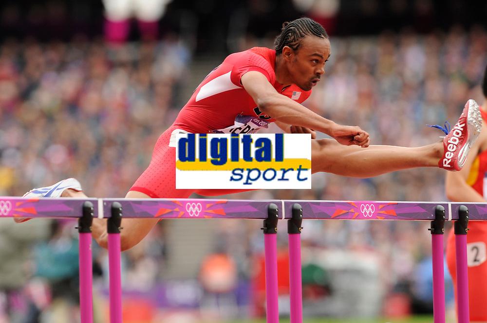 LONDON OLYMPIC GAMES 2012 - OLYMPIC STADIUM , LONDON (ENG) - 07/08/2012 - PHOTO : STEPHANE KEMPINAIRE / POOL / KMSP / DPPI<br /> ATHLETICS -  MEN'S 110 M HURDLES - ARIES MERRITT (USA)