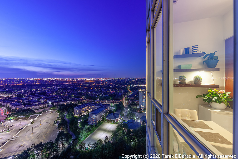 90 Absolute Ave., Mississauga | Real Estate Photography