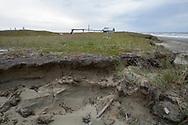 Vågorna i Berings hav eroderar kusten i Shishmaref. Alaska, USA<br /> <br /> Fotograf: Christina Sjögren<br /> <br /> Photographer: Christina Sjogren<br /> Copyright 2018, All Rights Reserved