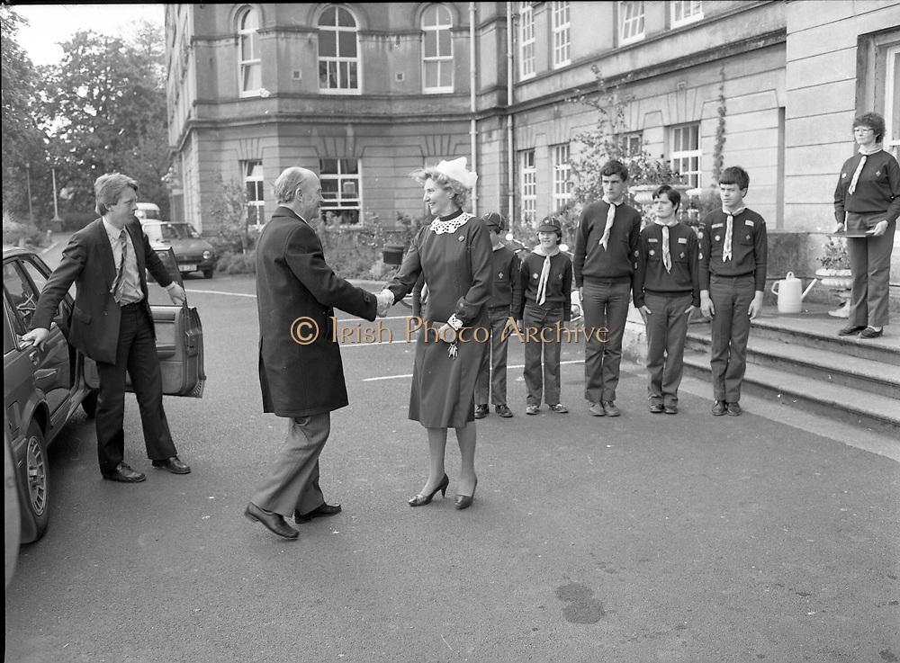 President Patrick Jonh Hillery visiting the Sterwart's Hospital, Dublin,<br /> 11th May 1984