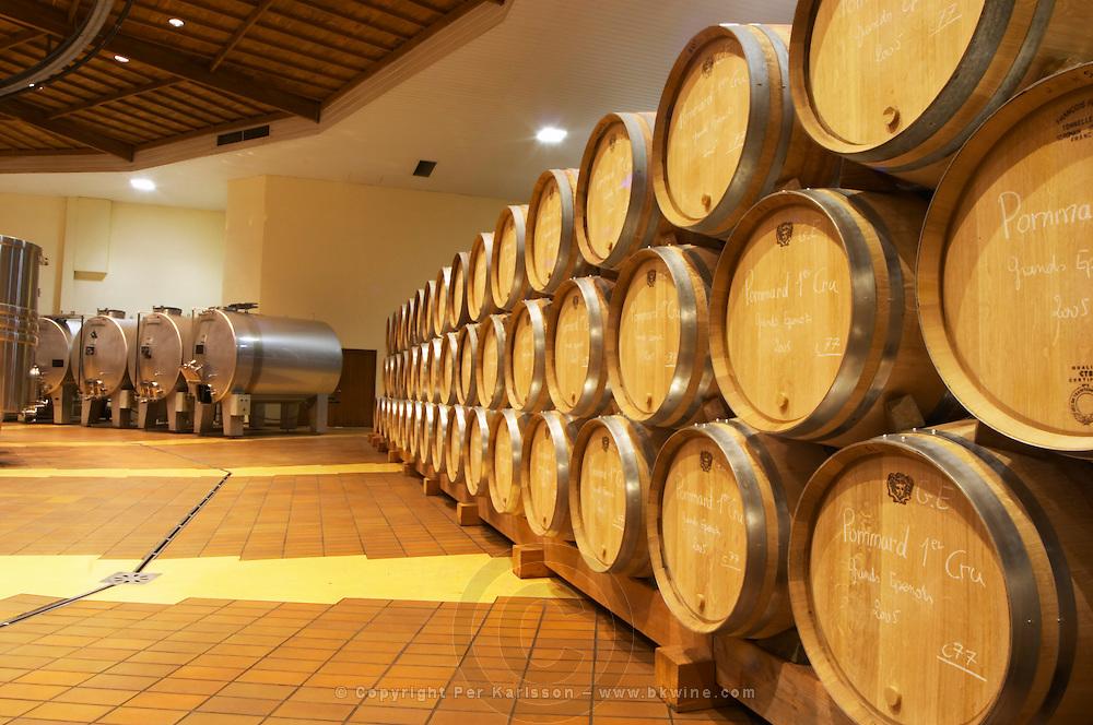 Oak barrels in rows and stainless steel horizontal tanks, Maison Louis Jadot, Beaune Côte Cote d Or Bourgogne Burgundy Burgundian France French Europe European