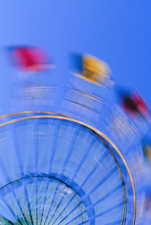 United States, Washington, Puyallup, ferris wheel in motion at state fair