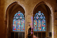 France, Cher (18), Berry, Saint-Amand-Montrond, Eglise St Amand, vitraux, route Jacques Coeur // France, Cher (18), Berry, Saint-Amand-Montrond, St Amand Church, stained glass, the Jacques Coeur road