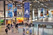 Duitsland, Weeze, 14-11-2018Vlak over de grens ligt het regionaal vliegveld Niederrhein, Weeze, wat uitgegroeid is tot een belangrijke regionale luchthaven en als thuisbasis fungeert voor prijsvechter, chartermaatschappij Ryanair. In de regio bevindt zich ook vliegveld Dusseldorf. Naast passagiersvervoer wordt er veel luchtvracht vervoerd.Foto: Flip Franssen