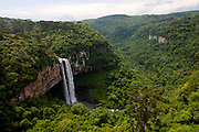 Canela_RS, Brasil...Cascata do Caracol no Parque do Caracol, localizado no Vale da Lageana, Serras Gauchas, Rio Grande do Sul...Cascata do Caracol waterfall in the Caracol Park located in Vale da Lageana, Serras Gauchas, Rio Grande do Sul...Foto: MARCUS DESIMONI / NITRO