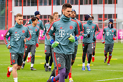 14.03.2019, Säbener Strasse, Muenchen, GER, 1. FBL, FC Bayern Muenchen vs 1. FSV Mainz 05, Training, im Bild v.l. Joshua Kimmich (FC Bayern), Sven Ulreich (FC Bayern) // during a trainings session before the German Bundesliga 26th round match between FC Bayern Muenchen and 1. FSV Mainz 05 at the Säbener Strasse in Muenchen, Germany on 2019/03/14. EXPA Pictures © 2019, PhotoCredit: EXPA/ Lukas Huter