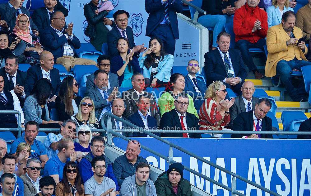 CARDIFF, WALES - Sunday, September 2, 2018: Wales manager Ryan Giggs (centre) with assistant Osian Roberts (right) and FAW Chief-Executive Jonathan Ford (left) during the FA Premier League match between Cardiff City FC and Arsenal FC at the Cardiff City Stadium. (Pic by David Rawcliffe/Propaganda)
