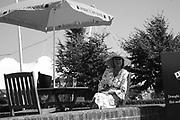 Glorious Goodwood. 31 July 2007.  -DO NOT ARCHIVE-© Copyright Photograph by Dafydd Jones. 248 Clapham Rd. London SW9 0PZ. Tel 0207 820 0771. www.dafjones.com.
