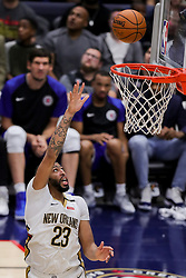 October 23, 2018 - New Orleans, LA, U.S. - NEW ORLEANS, LA - OCTOBER 23:  New Orleans Pelicans forward Anthony Davis (23) shoots a lay up against LA Clippers on October 23, 2018, at Smoothie King Center in New Orleans, LA. (Photo by Stephen Lew/Icon Sportswire) (Credit Image: © Stephen Lew/Icon SMI via ZUMA Press)