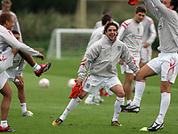Photo: Paul Thomas.<br /> England training at Carrington. 30/08/2006. <br /> <br /> <br /> Owen Hargreaves.