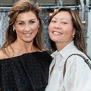 NLD/Rotterdam/20160915 - première Scapino Ballet jubileumvoorstelling TING!, Euvgenia Parakhina en vriendin