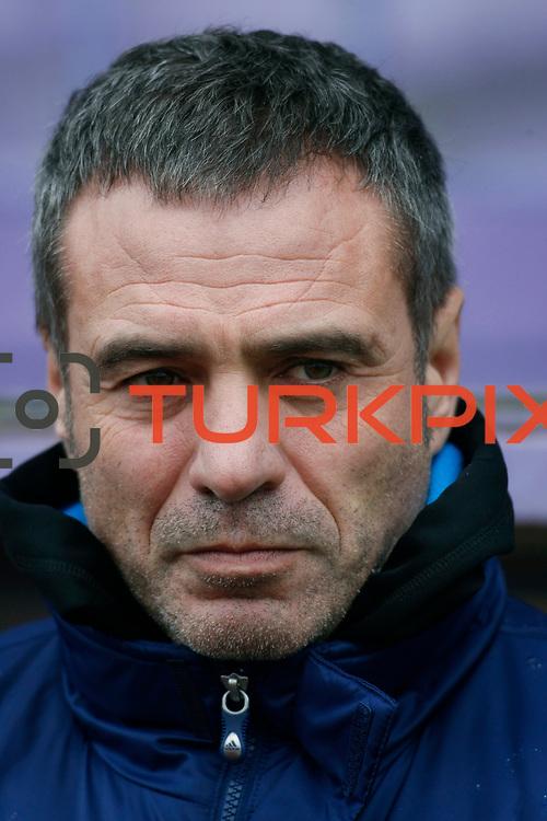 Eskisehirspor's coach Ersun Yanal during their Turkey Cup matchday 3 soccer match Eyupspor between Eskisehirspor at Eyup Stadium in Istanbul Turkey on Wednesday, 11 January 2012. Photo by TURKPIX