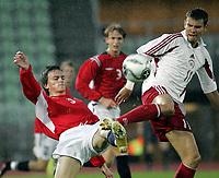 Fotball<br /> Kvalifisering UEFA EM-kvalifisering G18 / U19<br /> Norge v Latvia 2-1<br /> Bislett Stadion<br /> Foto: Morten Olsen, Digitalsport<br /> <br /> John Anders Rise - Norge og Hamarkameratene<br /> Edgars Gauracs - Latvia