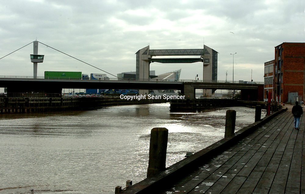 The River Hull in Hull's old town. The tidal barrier and The Deep can be seen overlooking the A63 and the River Humber.<br /><br />Picture:Sean Spencer/Hullpics<br />©Sean Spencer/Hull News & Pictures<br />www.hullnews.co.uk<br />01482 210267/07976 433960<br />NUJ recommended terms & conditions apply. Moral rights asserted under Copyright Designs & Patents Act 1988. Credit is required. No part of this photo to be stored, reproduced, manipulated or transmitted by any means without permission.