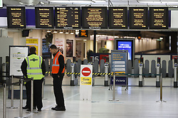 © Licensed to London News Pictures. 10/01/2017. London, UK.  Closed platforms at Victoria Station as a second round of strikes by Southern Rail train drivers starts. Photo credit: Peter Macdiarmid/LNP