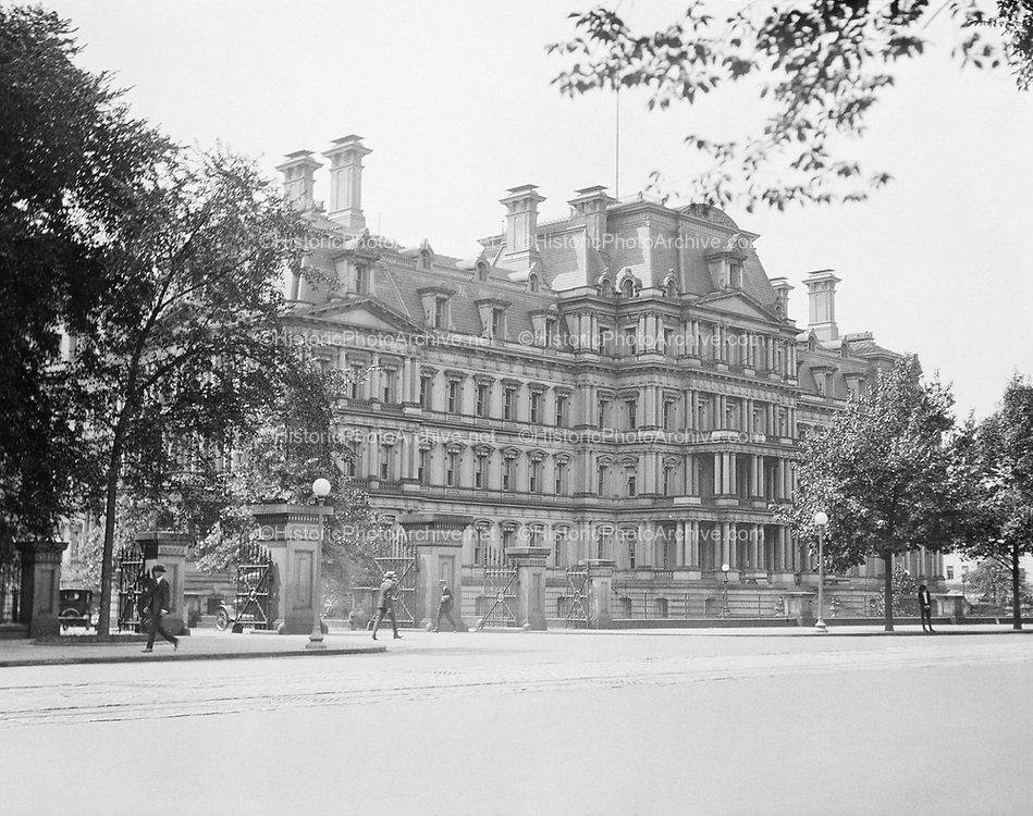 0613-B031. War Department Building, now the Old Executive Office Building, 17th & Pennsylvania ave.  Washington, DC, 1922