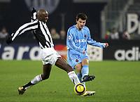 TURIN - TURIJN (ITALIE - ITALIA) - STADIO DELLE ALPI 22/11/2005  <br /> SPORT / FOOTBALL / VOETBAL / CHAMPIONS LEAGUE  / LIGUE DES CHAMPIONS / JUVENTUS FC - CLUB BRUGGE / <br /> PATRICK VIERA - IVAN LEKO<br />  / PICTURE BY   ERIC LALMAND  <br /> ©Digitalsport