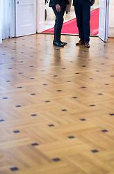 03.10.2018, Bundeskanzleramt, Wien, AUT, Bundesregierung, Sitzung des Ministerrats, im Bild Feature neues Setting Ministerrat // before cabinet meeting at federal chancellors office in Vienna, Austria on 2018/10/03 EXPA Pictures © 2018, PhotoCredit: EXPA/ Michael Gruber