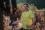USA, Oregon, Scio, cyclist first thing in the morning. MR