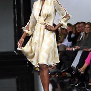 NLD/Amsterdam/20080315 - Modeshow Mart Visser 2008, mannequin Giovanca Desire Ostiana op de catwalk