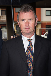 © Licensed to London News Pictures . 18/09/2013 . Preston , UK . NIGEL EVANS MP arrives at Preston Magistrates Court this morning (Wednesday 18th September 2013) . He is accused of indecent assault , sexual assault and rape . The MP , who has denied the charges , quit his position as deputy speaker of the house of commons after the charges were brought but remains a Member of Parliament for the constituency of Ribble Valley . Photo credit : Joel Goodman/LNP