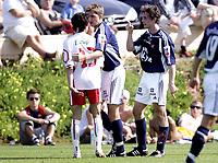 Fotball<br /> Treningskamp La Manga<br /> 02.03.07<br /> Odd Grenland - FC Lyn Oslo<br /> Maurice Ross i håndgemeng med Tarik Elyounoussi - førte til rødt kort<br /> Foto - Kasper Wikestad