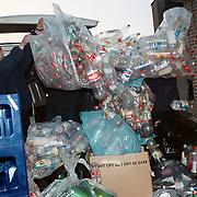 Inleveren flessen voor Roemenie bij de Albert Heijn Lindelaan Huizen