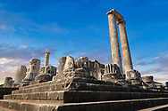 Picture of the ruins of the Ancient Ionian Greek  Didyma Temple of Apollo & home to the Oracle of Apollo.  Also known as the Didymaion completed circa 550 BC. modern Didim in Aydin Province, Turkey. .<br /> <br /> If you prefer to buy from our ALAMY PHOTO LIBRARY  Collection visit : https://www.alamy.com/portfolio/paul-williams-funkystock/didyma-temple-turkey.html<br /> <br /> Visit our TURKEY PHOTO COLLECTIONS for more photos to download or buy as wall art prints https://funkystock.photoshelter.com/gallery-collection/3f-Pictures-of-Turkey-Turkey-Photos-Images-Fotos/C0000U.hJWkZxAbg