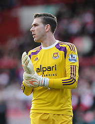 West Ham's Adrian  - Photo mandatory by-line: Joe Meredith/JMP - Mobile: 07966 386802 - 25/01/2015 - SPORT - Football - Bristol - Ashton Gate - Bristol City v West Ham United - FA Cup Fourth Round