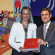NLD/Amsterdam/20131112 - Presentatie DE Sinterklaasboeken, Lizette Lulofs en ............
