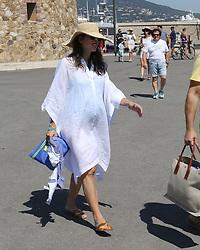 Charlotte Casiraghi et Dimitri Rassam a St tropez<br /> France le 23 juillet 2018<br /> Charlotte Casiraghi and Dimitri Rassam strolling in St Tropez on July 23th, 2018