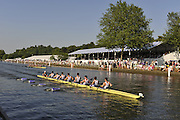 Henley, Great Britain. Bucks, Gonzaga College High Scholl USA vs Winchester College in a heat of the Princess Elizabeth Challenge Cup, Wednesday 01/07/2009 at Henley Royal Regatta [Mandatory Credit. Peter Spurrier/Intersport Images] . HRR.
