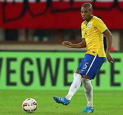 18.11.2014, Ernst Happel Stadion, Wien, AUT, Freundschaftsspiel, Oesterreich vs Brasilien, im Bild Fernandinho (BRA) // during the friendly match between Austria and Brasil at the Ernst Happel Stadion, Vienna, Austria on 2014/11/18. EXPA Pictures © 2014, PhotoCredit: EXPA/ Thomas Haumer