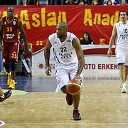 Anadolu Efes's Alfred Jamon Lucas (C) during their Turkish Basketball Turkey Cup game 1 basketball match Galatasaray between Anadolu Efes at the BESYO Arena in Eskisehir, Turkey, Thursday, February, 2013. Photo by Aykut AKICI/TURKPIX