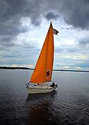 Giżycko, 2008-007-15. Żeglarze na Jeziorze Niegocin.