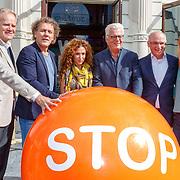 NLD/Amsterdam/20180907 - Start Stoptober 2018, Michael Rutgers, directeur Longfonds, Kees van der Spek, Katja Schuurman, Jan Slagter, ........ en Froukje de Both