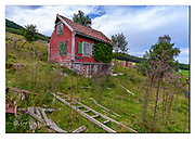 Old house for sale. Nikon D850, 18-35mm @ 18mm, f7.1, 1/320sec, ISO250, Aperture priority.