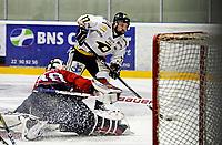 Ishockey<br /> 4. semifinale i NM<br /> Lørenskog Ishall 22.03.10<br /> Lørenskog - Stavanger Oilers<br /> Teemu Virtala setter inn et mål<br /> Foto: Eirik Førde