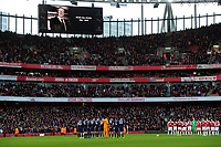 Football - 2018 /2019 Premier League - Arsenal vs Fulham<br />     … at the Emirates.<br /> <br /> A minutes silence for Peter Hill - Wood before the match<br /> <br /> Credit: COLORSPORT/ANDREW COWIE