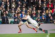 Twickenham, United Kingdom. 7th February, Chris ASHTON, carried by Damiam PENAUD as go's in for a try, during the England vs France, 2019 Guinness Six Nations Rugby Match   played at  the  RFU Stadium, Twickenham, England, <br /> © PeterSPURRIER: Intersport Images