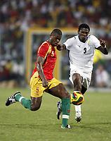 Fotball<br /> Afrika-mesterskapet 2008<br /> Foto: DPPI/Digitalsport<br /> NORWAY ONLY<br /> <br /> FOOTBALL - AFRICAN CUP OF NATIONS 2008 - QUALIFYING ROUND - GROUP A - 20/01/2008 - GHANA v GUINEA - BOBO BALDE (GUI) /ASAMOAH GYAN (GHA)