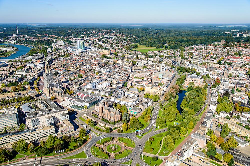 Nederland, Gelderland, Arnhem, 30-09-2015; binnenstad van Arnhem. Zicht op Airbornplein, Musispark, Eusebiussingel en Nijmeegseweg.<br /> View of the city of Arnhem. Binnenstad met Sint-Eusebiuskerk (Eusebius, Eusebiuskerk of Grote Kerk) en Neder-rijn.<br /> luchtfoto (toeslag op standard tarieven);<br /> aerial photo (additional fee required);<br /> copyright foto/photo Siebe Swart