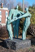 Statue Affinité, Hans Schleeh<br /> <br /> Art Public, Parc du Mont-Royal, Montréal, Québec Canada
