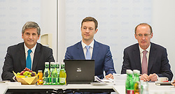26.05.2014, OeVP Bundespartei, Wien, AUT, OeVP, Vorstandssitzung der OeVP Bundespartei. im Bild v.l.n.r. Vizekanzler und Bundesminister fuer Finanzen Michael Spindelegger (OeVP), OeVP Generalsekretaer Gernot Bluemel und Spitzenkandidat zur EU-Wahl Othmar Karas // f.l.t.r. Vice Chancellor of Austria and Minister of Finance Michael Spindelegger (OeVP), Secretary General of OeVP Gernot Bluemel and Topcandidate for EU-Election Othmar Karas before board meeting of OeVP at federal party of OeVP in Vienna, Austria on 2014/05/26. EXPA Pictures © 2014, PhotoCredit: EXPA/ Michael Gruber