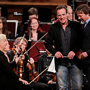 NLD/Haarlem/20121002- Opname AVRO's programma Maestro, presentator Frits Sissing en Joep Sertons